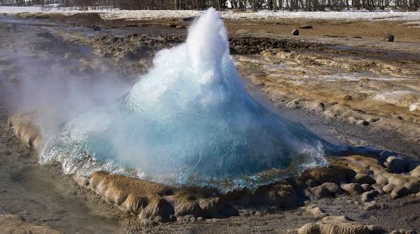 strokkur-area-geyseres